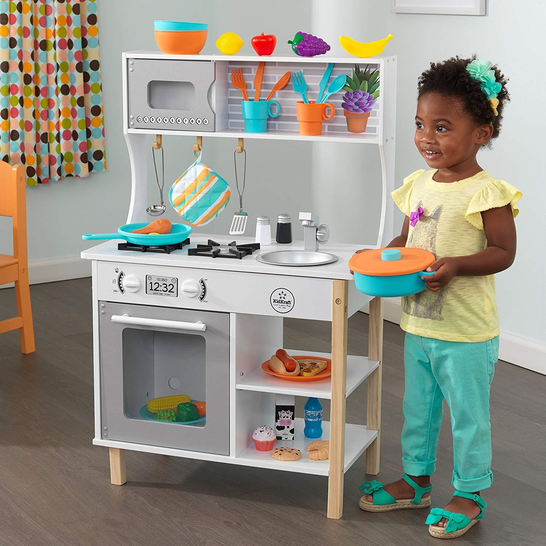 La cuisine jouet All Time Play de Kidkraft est le jeu d'imitation idéale pour les petites filles comme pour les petits garçons.