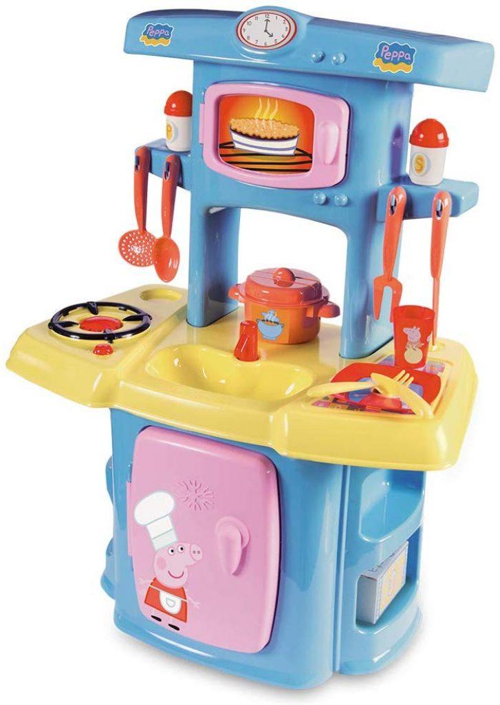 La cuisine Peppa Pig peut être utilisée de 18 mois à 30 mois environ.