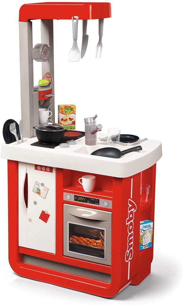 La cuisine Smoby Bon appétit comprend 23 accessoires.
